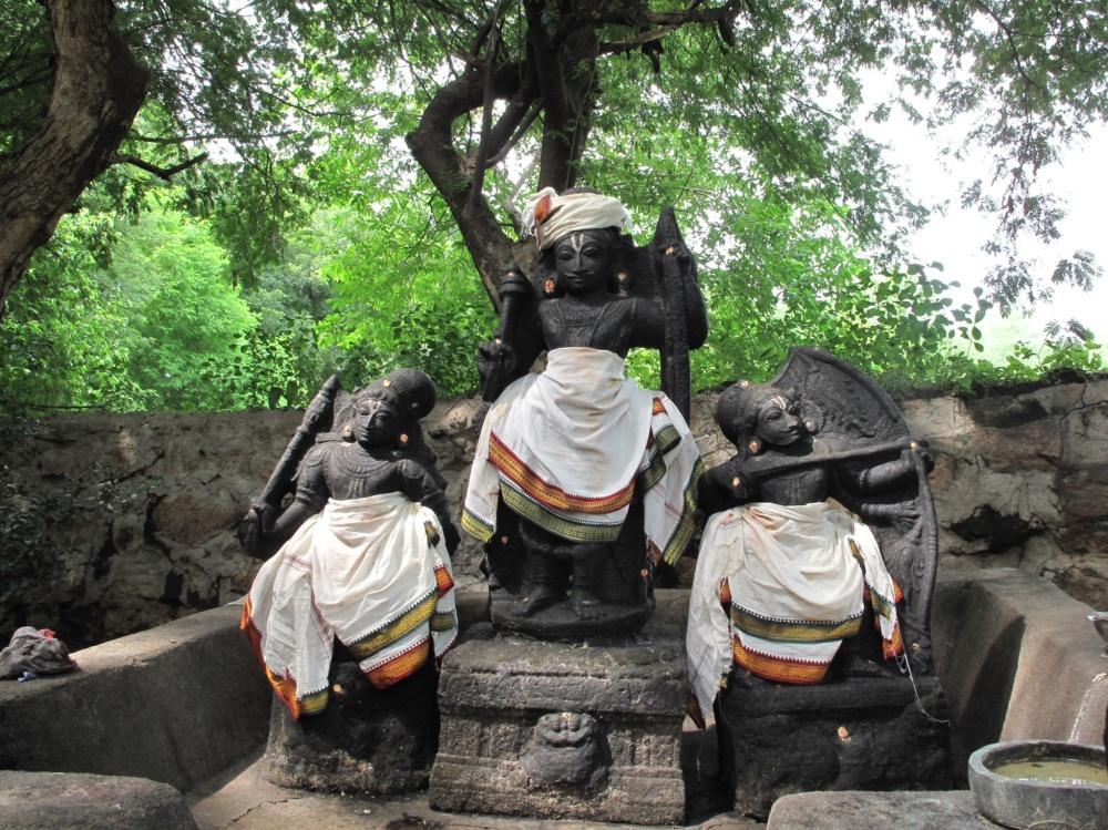 Vediyappan: my god of gods.